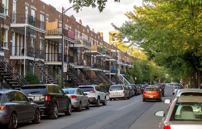 Le retrait de 4280 places de stationnement représente moins de 1% des stationnements sur rue à Montréal, souligne l'administration Plante.
