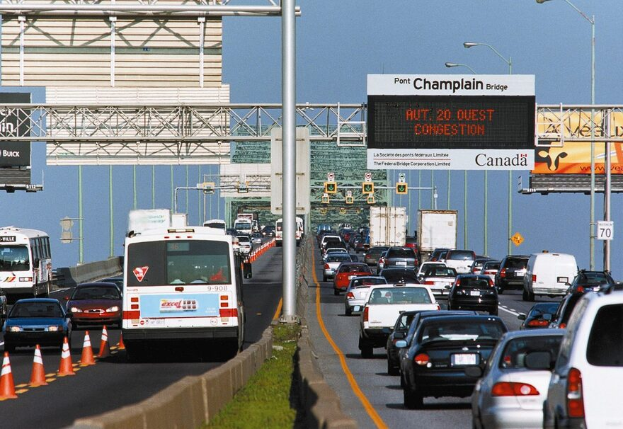 Plus de véhicules en circulation dans la CMM, mais pas sur la couronne Sud