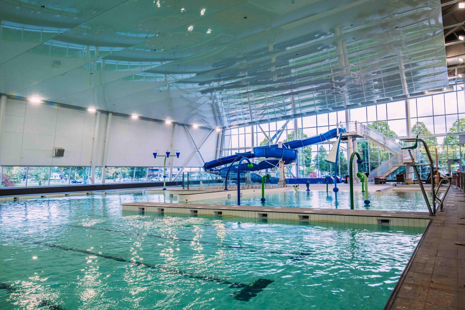 VIDÉO – Les Brossardois pourront découvrir le nouveau complexe aquatique dès lundi